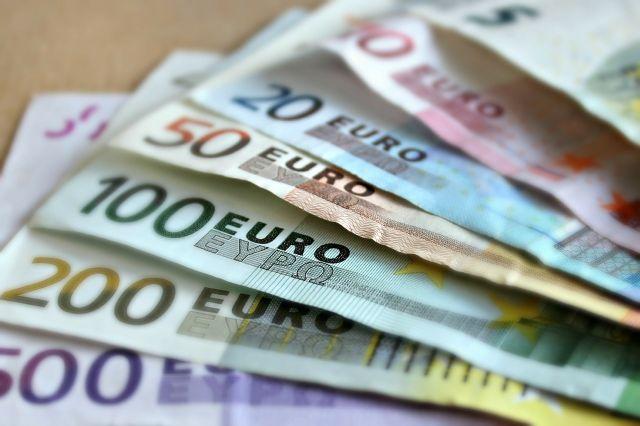 Pro řešení dočasné platební neschopnosti je vhodná rychlá SMS půjčka.