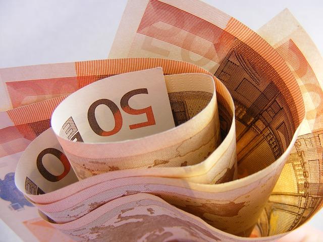 Půjčky od společnosti Home Credit a CreditOn jako na dlani