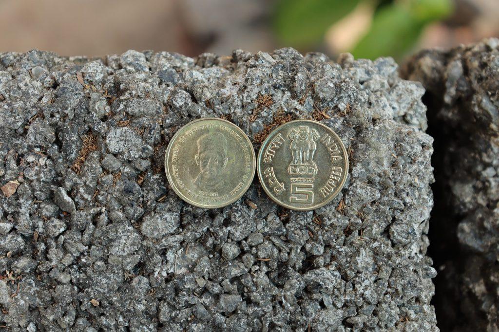 Coin Money Finance Banking India - Elenza / Pixabay