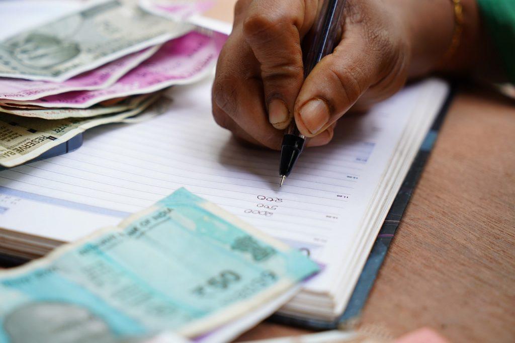 India Debt Occupation  - shameersrk / Pixabay