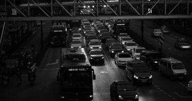 Street Traffic Cars Vehicles  - u_0tp4mz9a / Pixabay